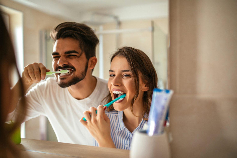 nadmierne szczotkowanie zębów obraz 2