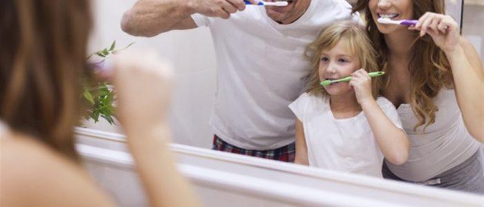 mycie zębów obraz 10